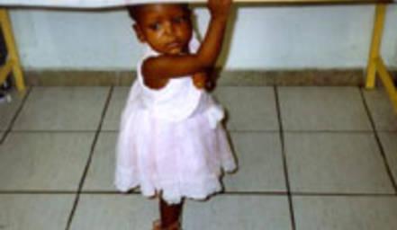 Specchio dei tempi in aiuto dei bambini di haiti - Specchio dei tempi offerte ...