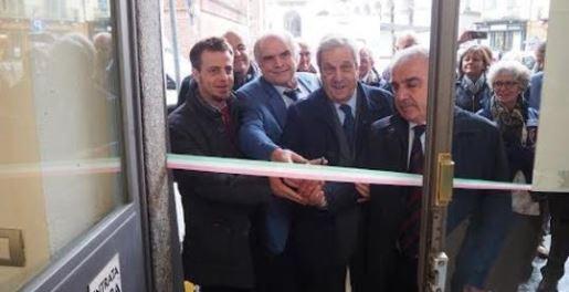 Lastampa inaugurato a pinerolo un ufficio della fondazione specchio dei tempi - Specchio dei tempi ...